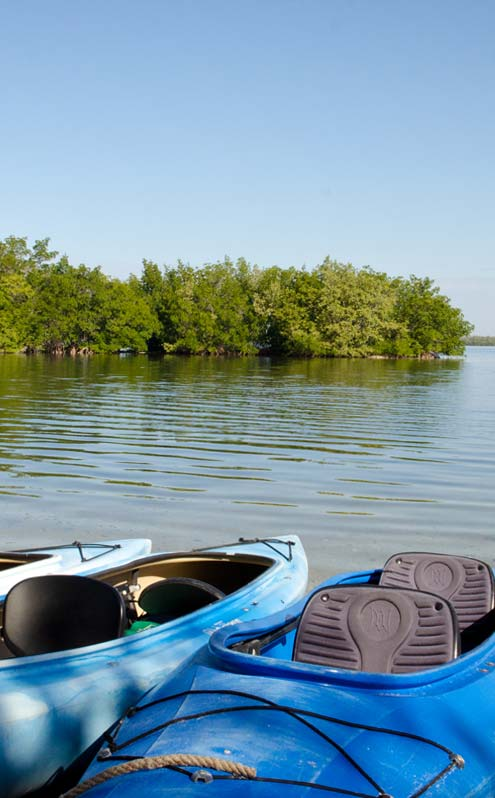 Oxbow Fort Myers Florida waterfront rentals and retail shopping